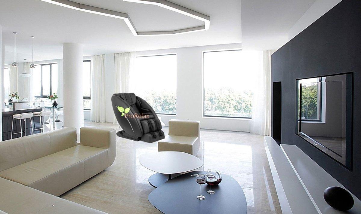 Кресло для массажа Pilot в интерьере гостинной дома